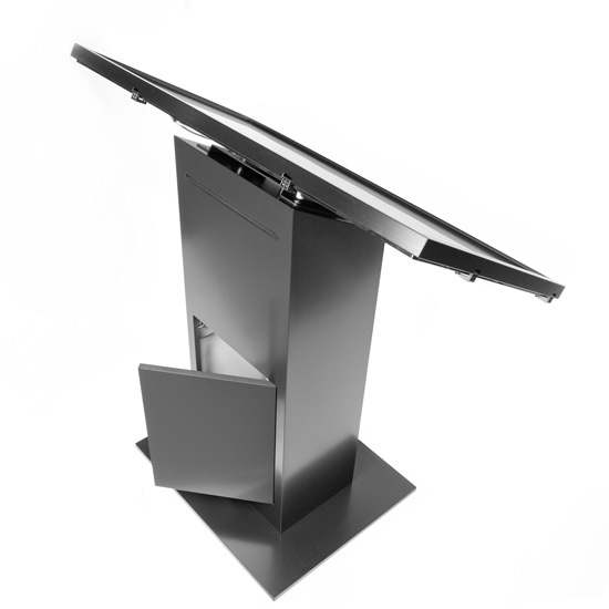 touch_stand_-40inch_back_open